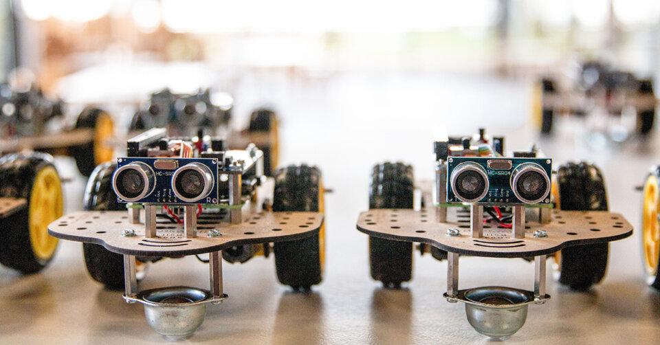 Wie Studis und Roboter zusammenfinden