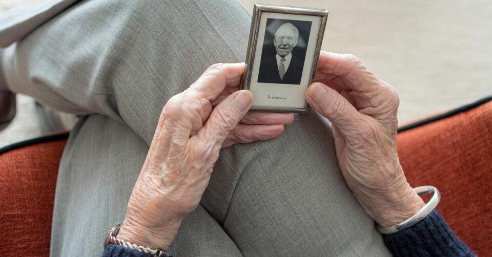 Freiwilligenagentur Ravensburg: Witwen helfen betroffenen Frauen über die Feiertage